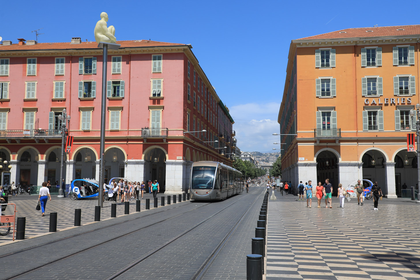 tram in Nice